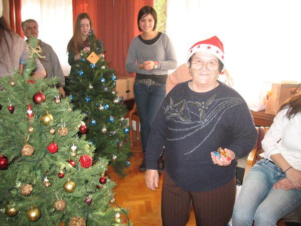 Dom Lovret - Posjet srednjoškolaca - Božic - 2012